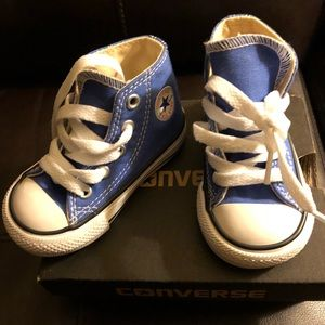 New in box blue toddler converse size 4